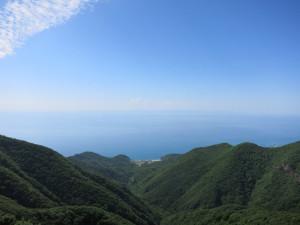 佐渡島が見える!?