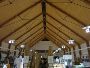 室内はサロベツ原野に関する展示もあります。